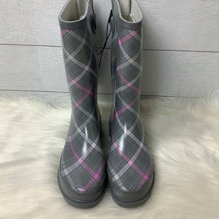 Primary Photo - BRAND:    CLOTHES MENTOR STYLE: BOOTS RAIN COLOR: PINKGRAY SIZE: 9 OTHER INFO: WESTERN CHIEF - SKU: 208-208131-16545