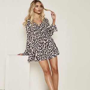 Fashion V-neck leopard print flared sleeve dress