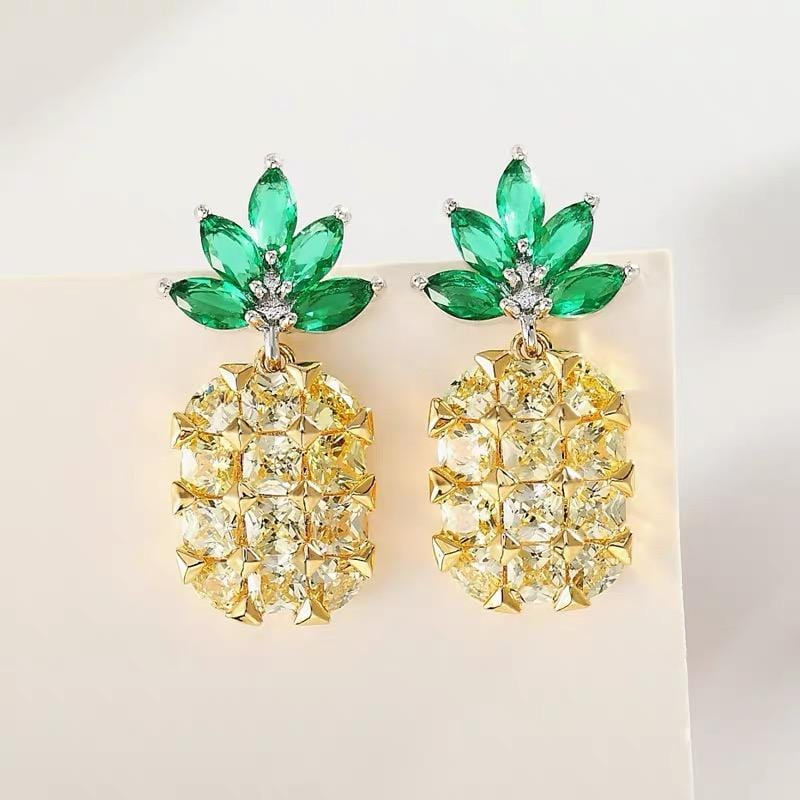 Rhinestone Pineapple Shape Design Earrings