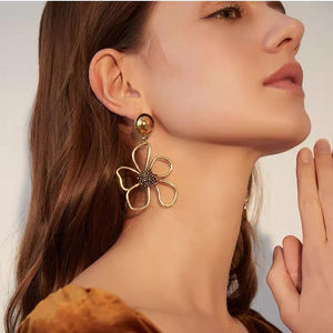 Flower shape  Design Drop Earrings