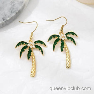 Coconut tree shape design drop earrings
