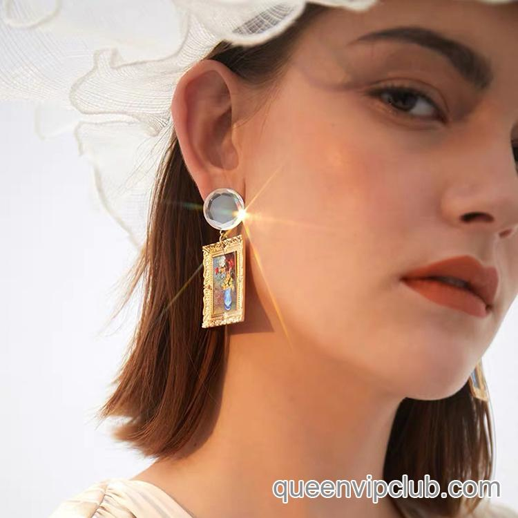Creative oil painting style design hanging earrings