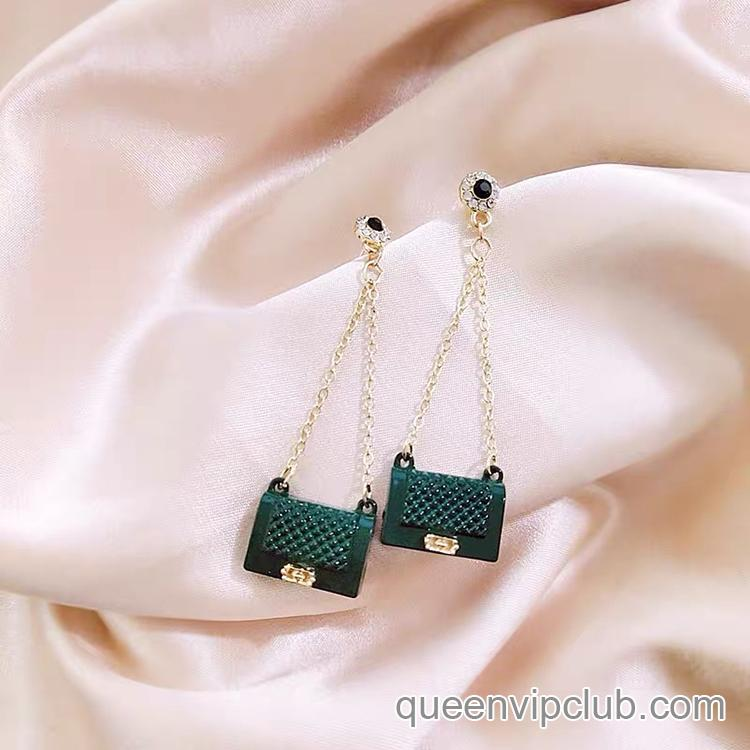 Bag shape design drop earrings