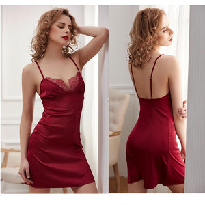 Sexy nightdress with silk straps