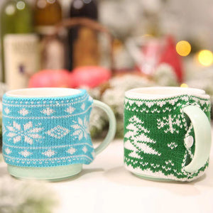 Merry Christmas Decoration - Knitted Mug Set