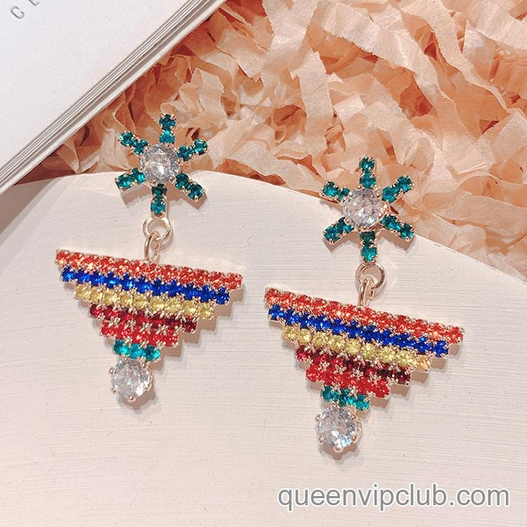 Stylish blingbling earrings