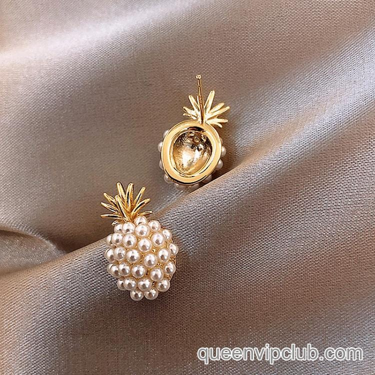 Pearl Pineapple Shape Stud Earrings
