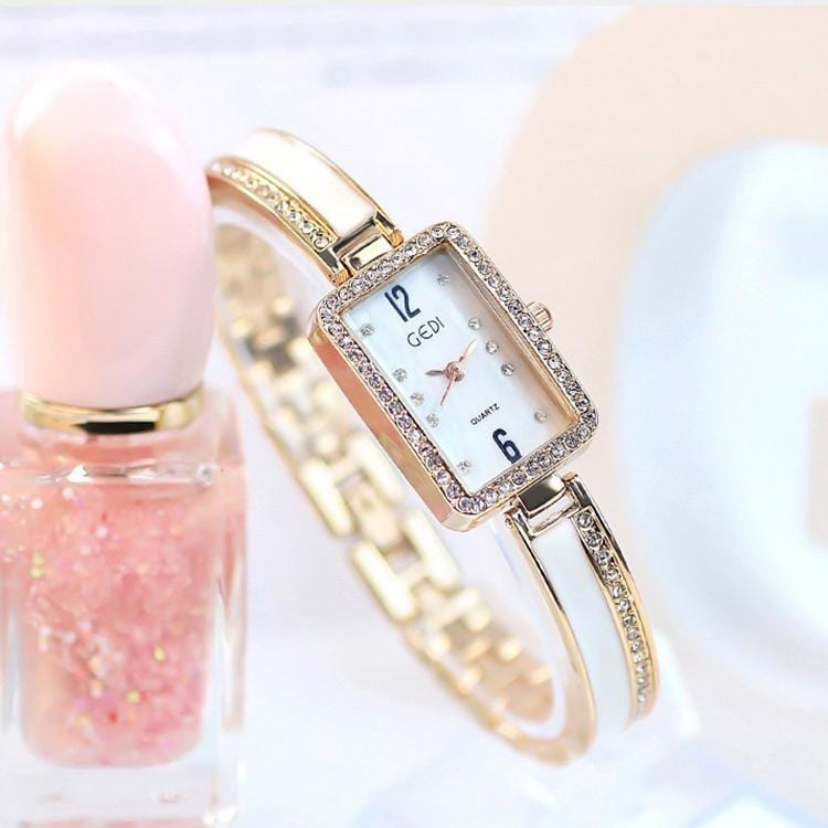 Fashion simple retro ladies watch