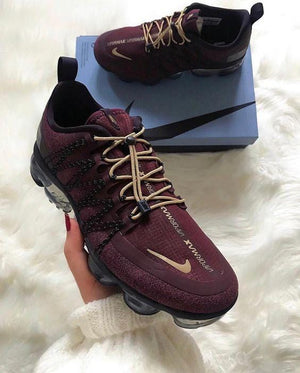 Running Air Burgundy Sneaker