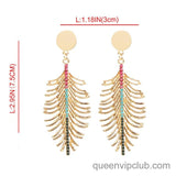 Leaf shape design earrings