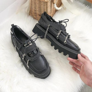 Leather Chain Decor Round-toe Loafers