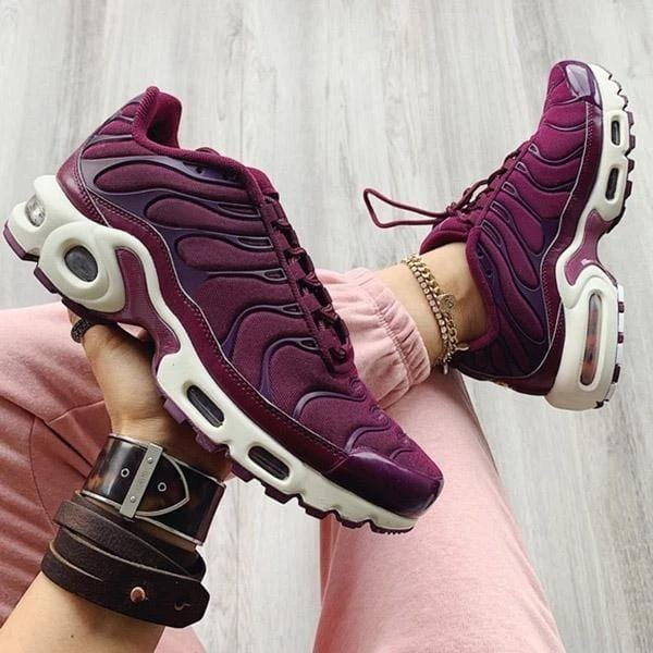 Breathable Suede Leather Red Wine Sneakers