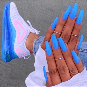 Chic Blue/Pink Sneaker