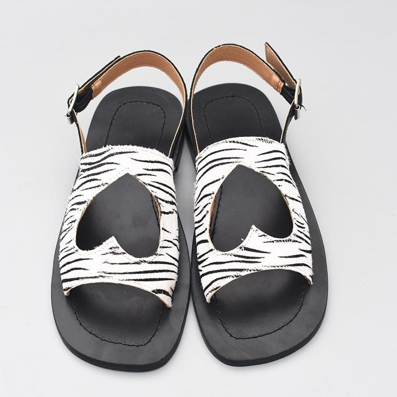 Chic Heart Hollow-out Sandals