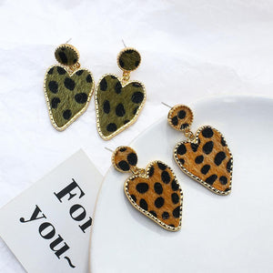 2020 New Design Vintage Fur Heart Pendant Earrings