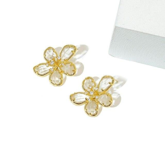 Top Grade Fashion Crystal Flower Drop Earrings