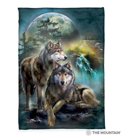 "4978 Wolf Lookout 50x60"" Sherpa Fleece Blanket"