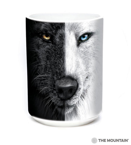 573947 Black And White Wolf Face Mug