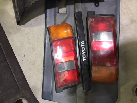 UK Tail Lights and Center