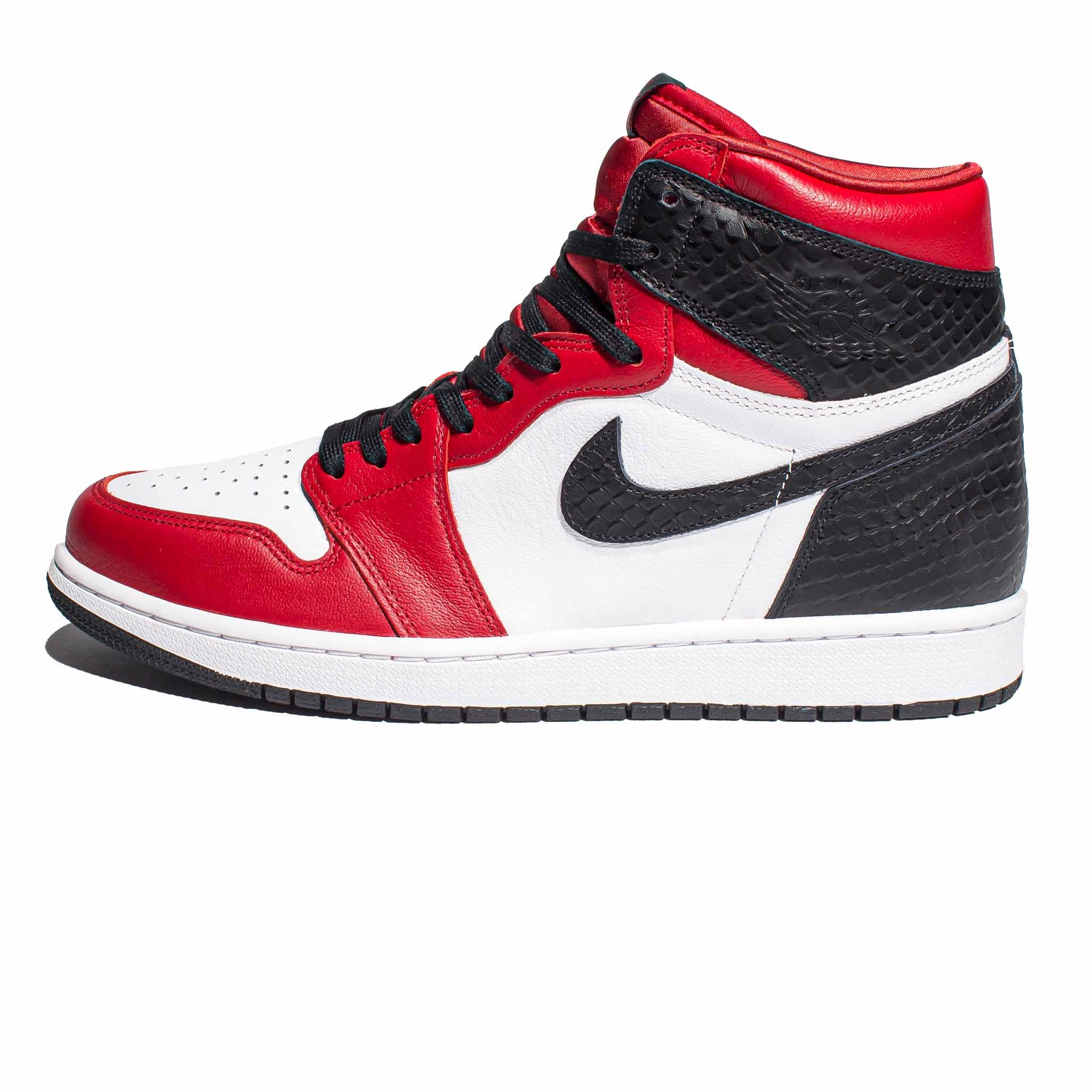 Air Jordan 1 Retro High OG 'Satin Snake'
