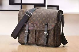 New LV Christopher Messenger Monogram - Tuquh