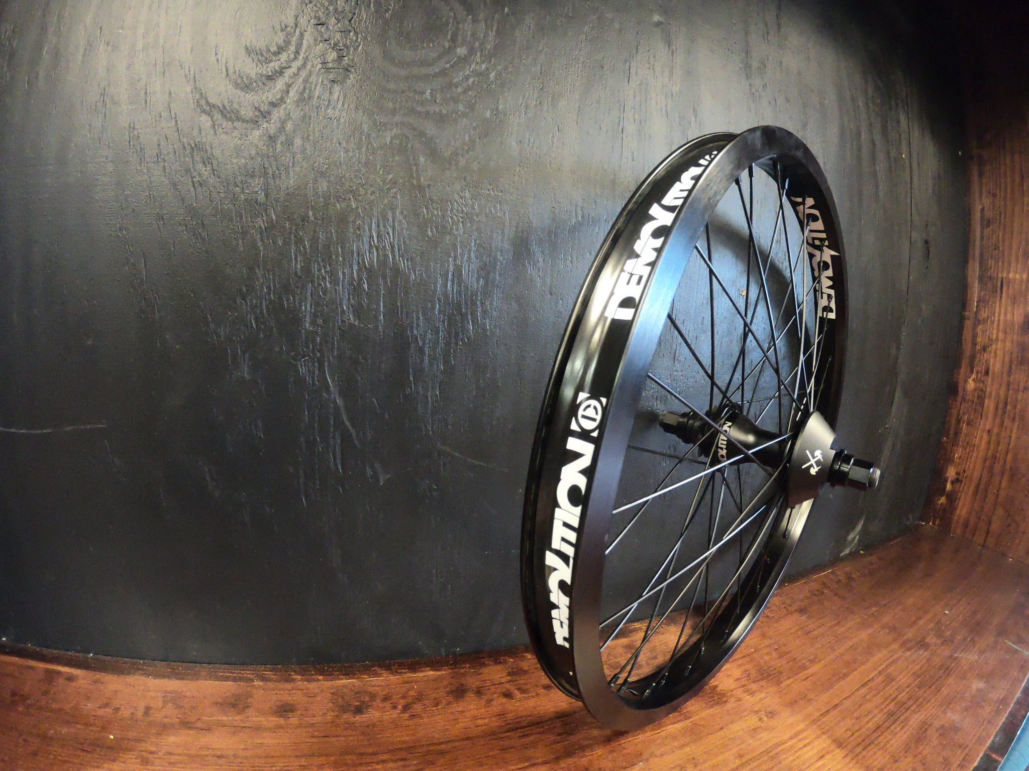 Demolition Rogue 9T LHD Wheel black.