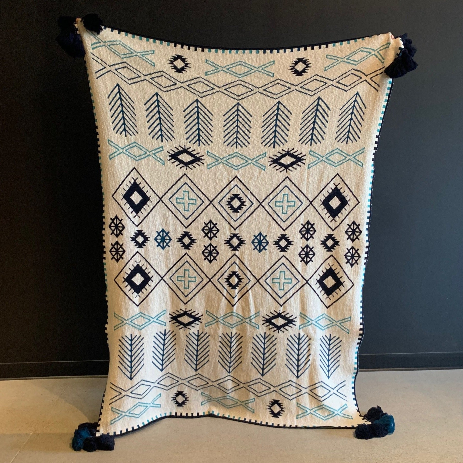 White & Blue  Blanket With Tassels