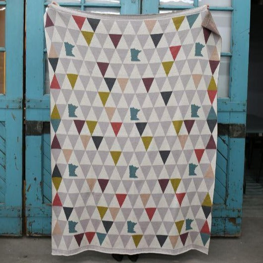 MN Triangle Blanket