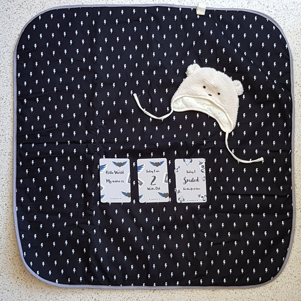 Baby Blanket + Milestone cards, picnic blanket, growth blanket in black and strikes pattern