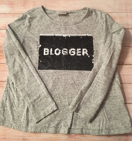 Age 9 Fashion Blogger Flip Top