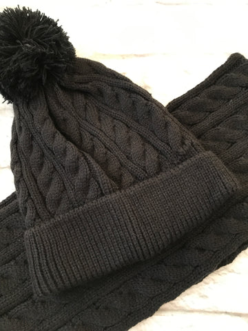 NEW 8-12 Black Hat and Scarf