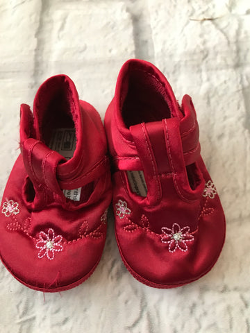 0-3 Months Red Satin Pram Shoes