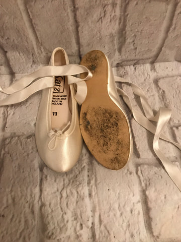 Size 11 Ivory Satin Bridesmaid Shoes