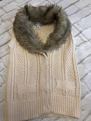 Age 7-8 Fur Collar Sleeveless Cardigan