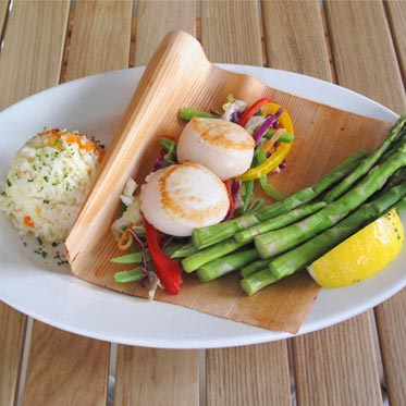 Fresh scallops at Dockside Market and Grill, NJ seafood restaurants