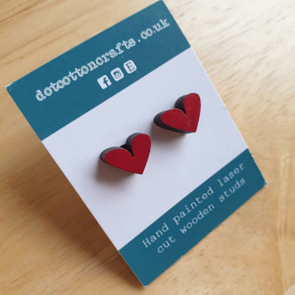 Mini wooden heart studs - Red