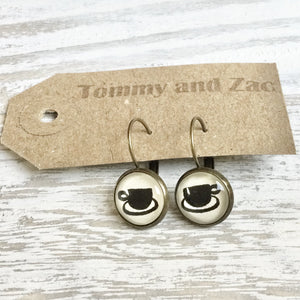 Cabochon Dangly & Stud Earrings / Natural Graphic Cup / Black And White
