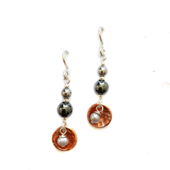 Copper and cultured pearl drop earrings.