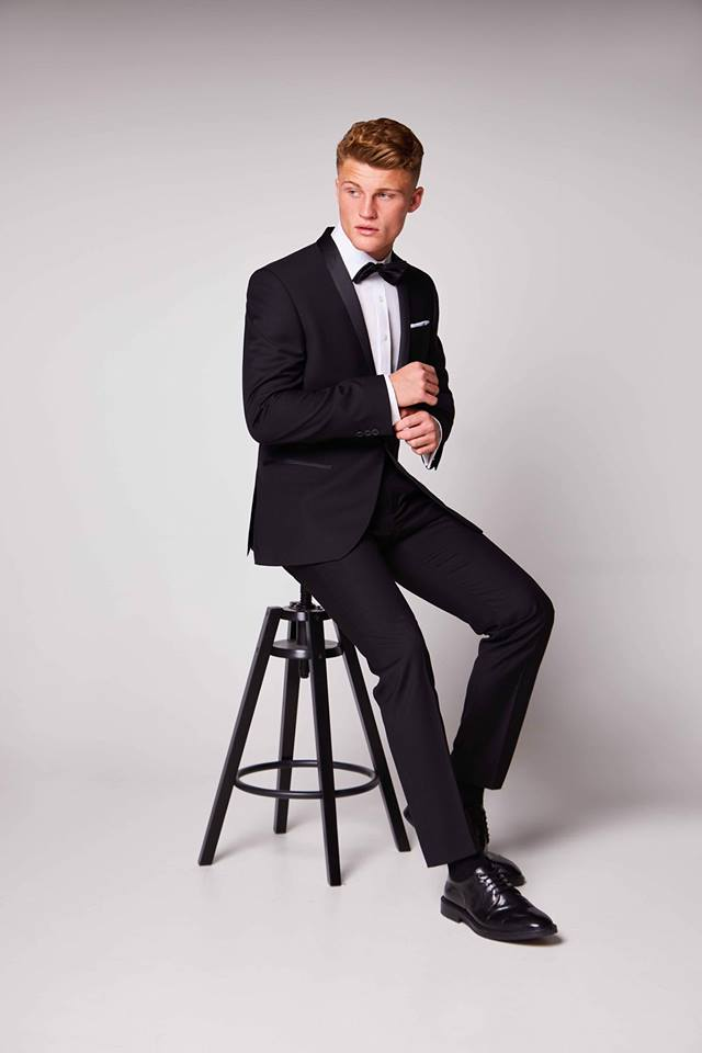 Antique Rogue Tux - Black