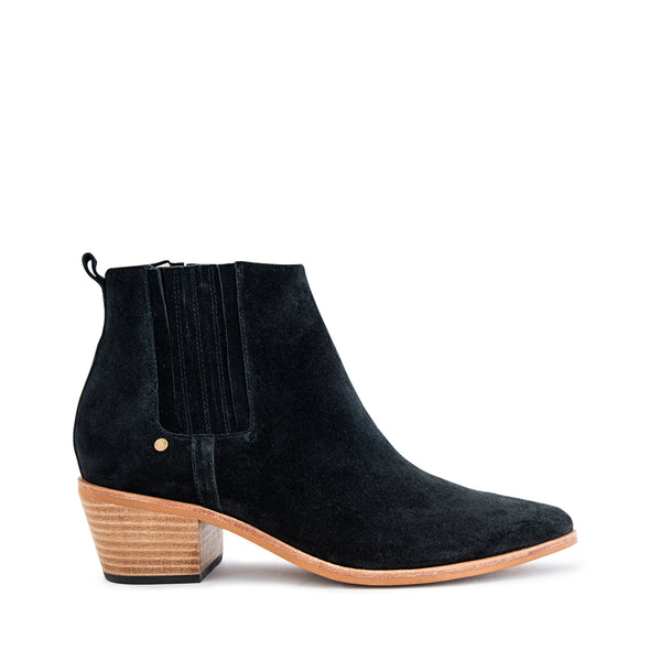 Explore Boot - Black Suede