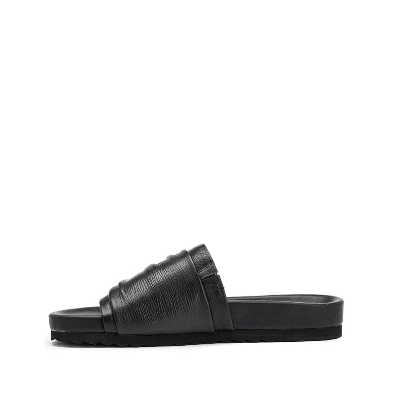 Fountain Slide - Black