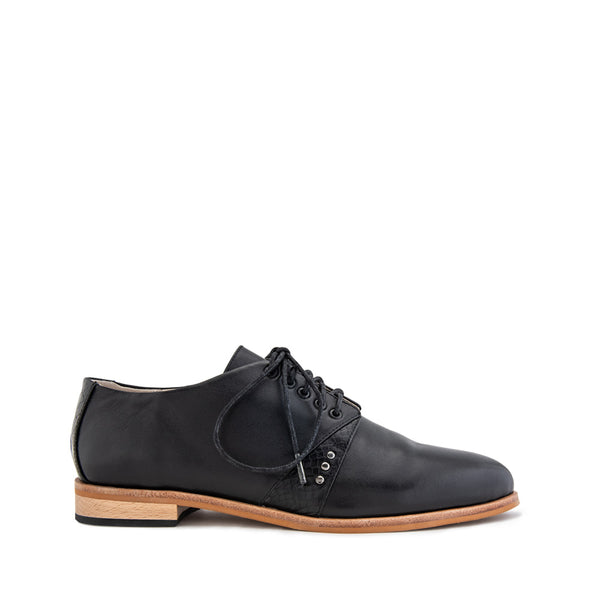 Function Brogue - Black
