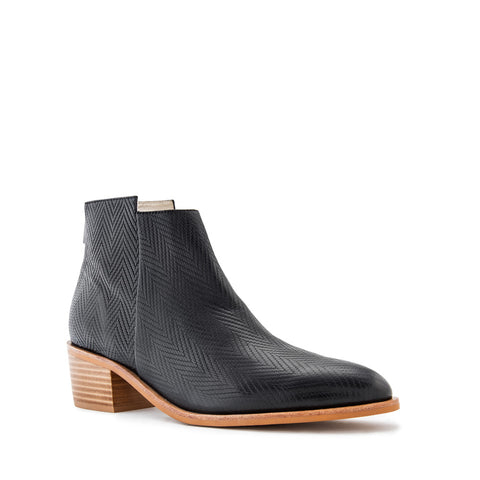 Independent Boot - Black