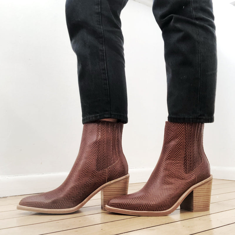 Distinct Boot - Rust Herringbone