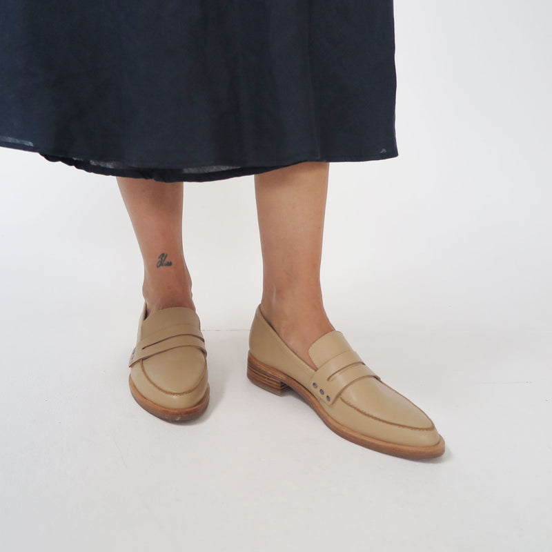 River Loafer - Camel