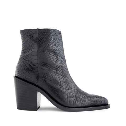 Sentiment Boots - Black Snake
