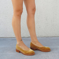 Swoop Loafer - Gold Velvet
