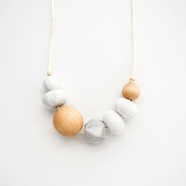 Loulou Freda Wood & Silicone Necklace