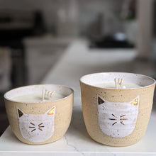 Load image into Gallery viewer, 18k Gold Cat Candle
