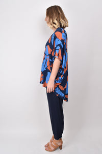 PQ Collection Hi-Lo Miracle Top in Falling Leaf